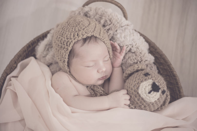 Wochenbett Baby Hebamme
